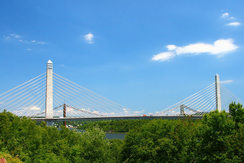 photo of the penobscot narrows bridge